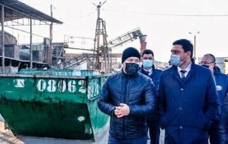 мэр г. краснодара и директор чистого города на сортировочном комплексе